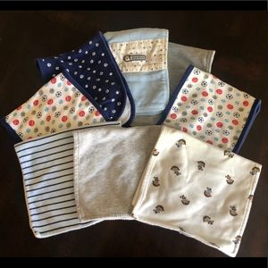 Bundle of Burp cloths (8)